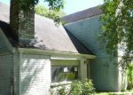 Foreclosed Home in Angleton 77515 LA LAJA DR - Property ID: 3491510467