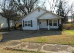 Foreclosed Home in Batesville 72501 NEELEY ST - Property ID: 3491684336
