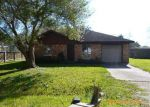 Foreclosed Home in Angleton 77515 E PLUM ST - Property ID: 3492127573