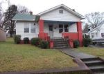 Foreclosed Home in Knoxville 37917 EDGEWOOD AVE - Property ID: 3492170495