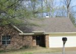 Foreclosed Home in Memphis 38135 BAIRD LN - Property ID: 3492198975