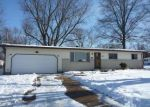 Foreclosed Home in Florissant 63031 BLUFF DR - Property ID: 3493555359