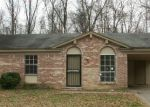 Foreclosed Home in Memphis 38127 NORTHAVEN DR - Property ID: 3496168317