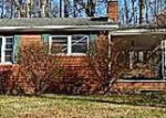Foreclosed Home in Powell 37849 N DOGWOOD RD - Property ID: 3496172258