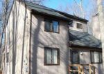 Foreclosed Home in Tobyhanna 18466 COUNTRY PLACE DR - Property ID: 3496365855