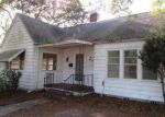 Foreclosed Home in Saint Petersburg 33704 WOODLAWN CIR W - Property ID: 3497217711