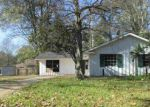 Foreclosed Home in Baton Rouge 70814 COURTLAND CIR - Property ID: 3497679776