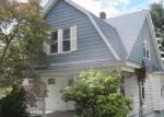 Foreclosed Home in Waterbury 6705 CIRCULAR AVE - Property ID: 3499905552