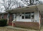 Foreclosed Home in Memphis 38122 HAZELWOOD AVE - Property ID: 3501685479