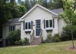 Foreclosed Home in Worcester 01606 TYSON RD - Property ID: 3503085237