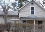 Foreclosed Home in Aurora 60506 RATHBONE AVE - Property ID: 3507194309