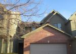 Foreclosed Home in Elgin 60123 JEFFREY LN - Property ID: 3507573155