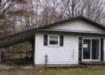 Foreclosed Home in Algonac 48001 ISLAND DR - Property ID: 3507635801