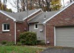 Foreclosed Home in Stow 44224 S OAK HILL RD - Property ID: 3511817572