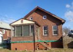 Foreclosed Home in Wood River 62095 WHITELAW AVE - Property ID: 3512848113