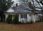 Foreclosed Home in Winchester 37398 S JEFFERSON ST - Property ID: 3513609313