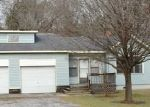 Foreclosed Home in Columbiana 35051 W COLLEGE ST - Property ID: 3514734926