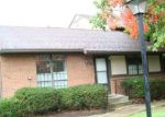 Foreclosed Home in Perrysburg 43551 WOODVIEW DR - Property ID: 3514793157