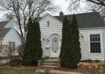 Foreclosed Home in Cedar Rapids 52403 MEMORIAL DR SE - Property ID: 3515148805