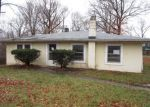 Foreclosed Home in New Albany 47150 SMITHWOOD DR - Property ID: 3517757821