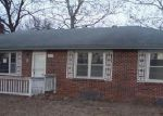 Foreclosed Home in Kansas City 66109 N 73RD ST - Property ID: 3517886578