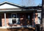 Foreclosed Home in Slidell 70458 SOUTHPARK DR - Property ID: 3518001319