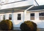 Foreclosed Home in Shirley 11967 PARK CIR - Property ID: 3518485276