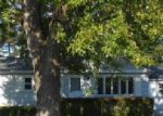 Foreclosed Home in Rochester 14606 W CREST DR - Property ID: 3519035827
