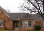 Foreclosed Home in Oakland 38060 OAKCREST DR - Property ID: 3519194360