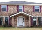 Foreclosed Home in Beaumont 77706 BURLINGTON DR - Property ID: 3519378759