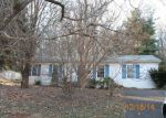 Foreclosed Home in Bedford 24523 VINE ST - Property ID: 3520604196
