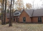 Foreclosed Home in Cordova 38016 CLARKE LANDING DR - Property ID: 3524059377