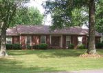Foreclosed Home in Jackson 38305 ROLLING HILLS DR - Property ID: 3524110176