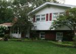 Foreclosed Home in Lambertville 48144 SARATOGA DR - Property ID: 3524679101