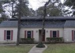 Foreclosed Home in Huntsville 77320 WILLOWBEND ST - Property ID: 3525920779