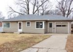 Foreclosed Home in Topeka 66605 SE OHIO AVE - Property ID: 3526006617
