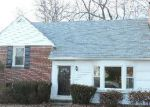 Foreclosed Home in Catonsville 21228 ARLONNE DR - Property ID: 3527946398