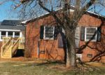 Foreclosed Home in Statesville 28625 W IREDELL CIR - Property ID: 3528190351