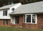Foreclosed Home in Palmyra 22963 COURTHOUSE RD - Property ID: 3529075946