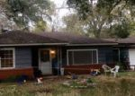 Foreclosed Home in League City 77573 S IOWA AVE - Property ID: 3529149964