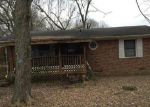 Foreclosed Home in Tullahoma 37388 GENTRY ST - Property ID: 3529190684