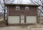 Foreclosed Home in Basehor 66007 PARALLEL RD - Property ID: 3530480515