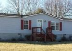 Foreclosed Home in Carlyle 62231 LYNN LN - Property ID: 3530701250