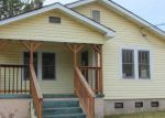 Foreclosed Home in Gadsden 35903 RIVERVIEW DR - Property ID: 3532383517
