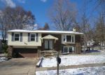 Foreclosed Home in Ballwin 63021 NAPOLI DR - Property ID: 3533143844