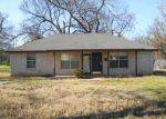 Foreclosed Home in Waco 76704 FORREST ST - Property ID: 3534433226