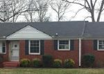 Foreclosed Home in Nashville 37216 SAUNDERS AVE - Property ID: 3535171209