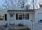 Foreclosed Home in Saint Louis 63125 W FELTON AVE - Property ID: 3535296931
