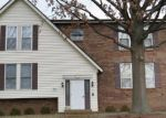 Foreclosed Home in Saint Louis 63123 PUTTINGTON DR - Property ID: 3535312237