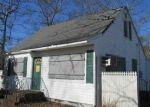 Foreclosed Home in Shirley 11967 ARROWHEAD DR - Property ID: 3535387132